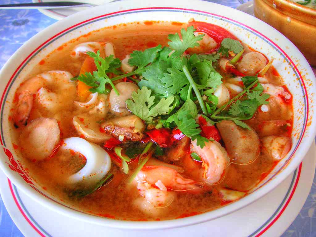 http://www.panix.com/~clay/cookbook/images/tom-yum-goong.jpg