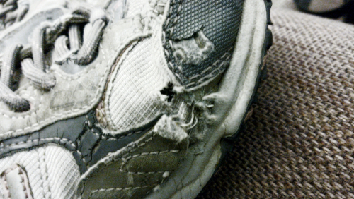 hole in shoe