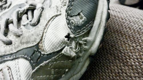 hole in shoe